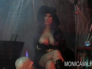Halloween in norway with monicamilf and the beast | norway