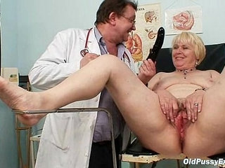 Chubby blond mom hairy pussy doctor exam | blondechubbydoctorhairy