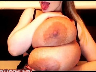 Micky Bells enormous boobs camshow live models | boobscamshowmodel