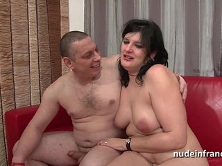 Anal casting of an Amateur french couple with a chubby squirt slut hard plugged | amateuranalcastingchubbycouplefrench