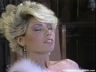Gail Force fucked in classic porn scene   classicforced