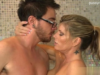 Hot housewife home sex | home videohousewife